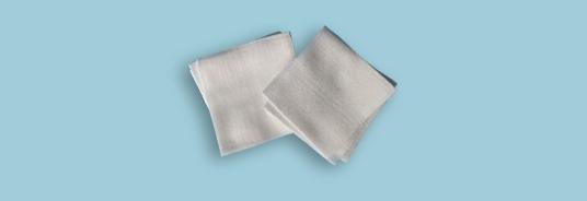 家庭中的薄纱布块和医用脱脂纱布块是一种物品么
